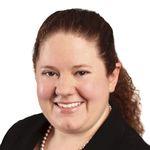 Sarah Tomlinson headshot