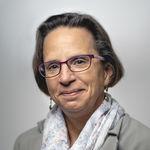 Laura Vassallo headshot
